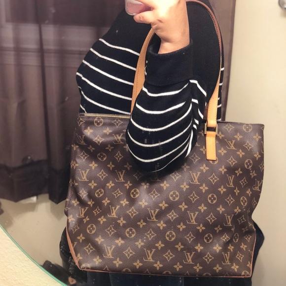 cc10cba459af Louis Vuitton Handbags - Authentic Louis Vuitton Cabas Mezzo